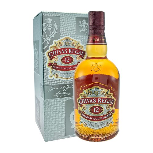 Chivas Regal 12 Years Old Blended Scotch Whisky flasche